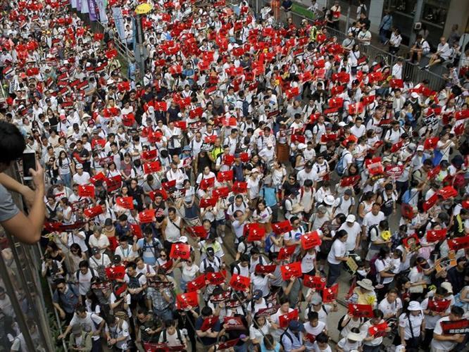 香港反修例游行的背后:操之过急弄巧成拙?